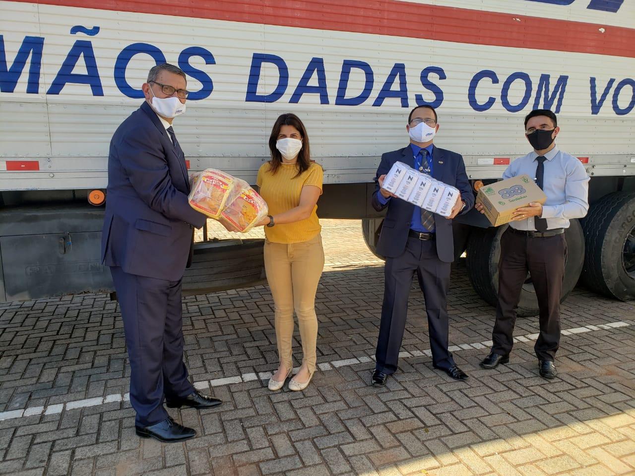 Condor doa 4 toneladas de alimentos para Campo Mourão