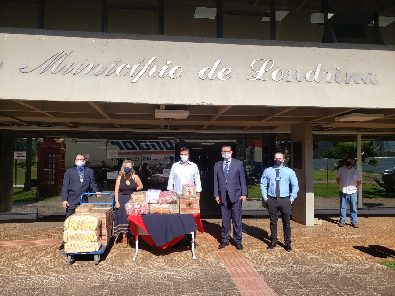 Condor doa quase 7 toneladas de alimentos para Londrina