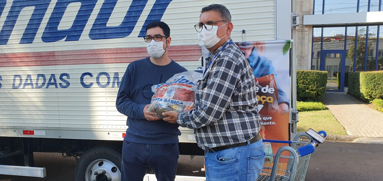 """""""Unidos Contra a Fome"""" recebe 6 toneladas de alimentos da Corrente de Esperança Condor"""