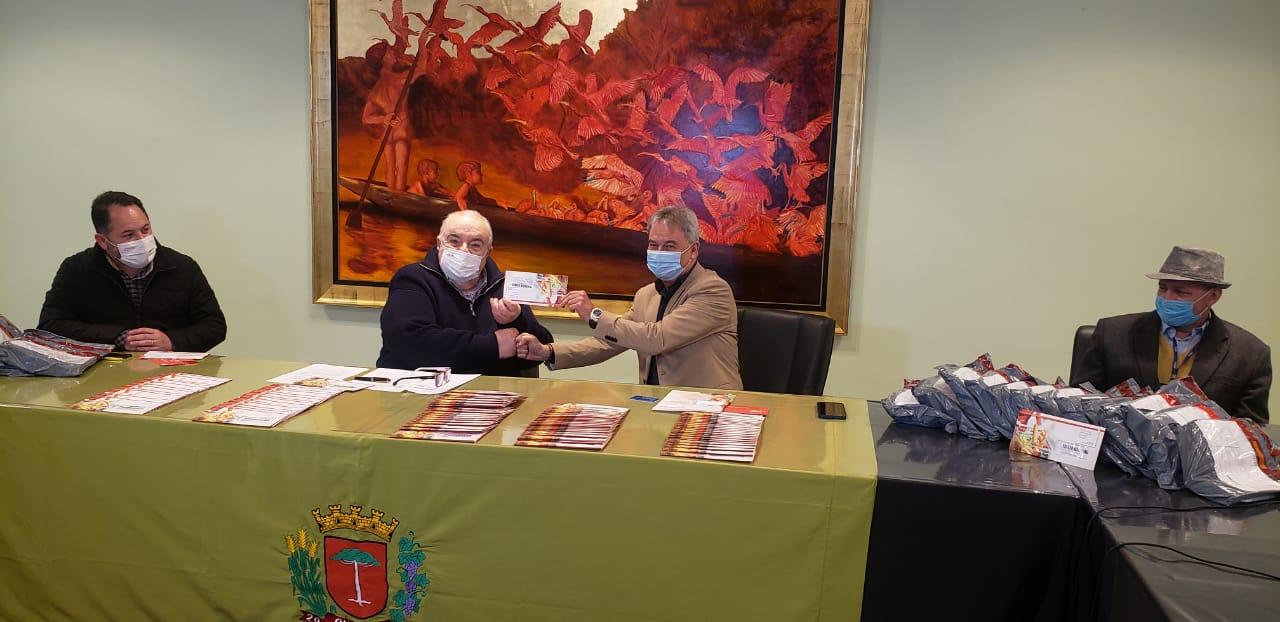 Condor doa R$ 120 mil em cartões solidários para a FAS